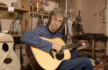 Alan testing another acoustic guitar
